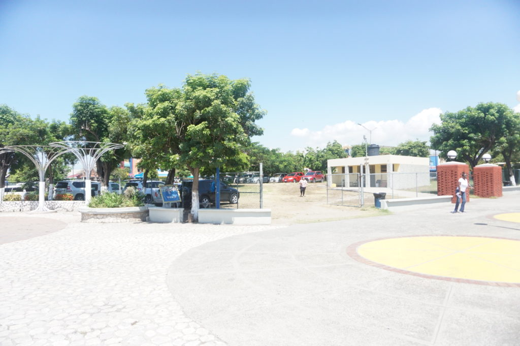 Who knew that there was parking inside the St William Grant Park Downtown Kingston