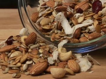 Low carb trail mix made with seeds and nuts